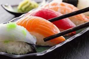 Ответ диетолога: можно ли суши и роллы при гастрите