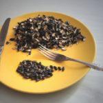 Никогда не есть семечки на голодный желудок