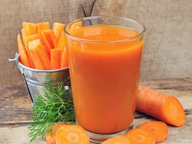 Морковный сок с мякотью
