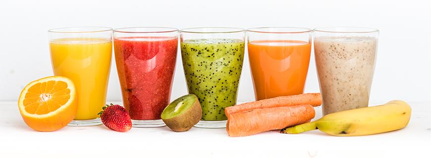Смузи из свежих фруктов и овощей