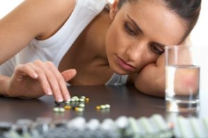В случае проявления указанных симптомов, от приема таблеток следует отказаться