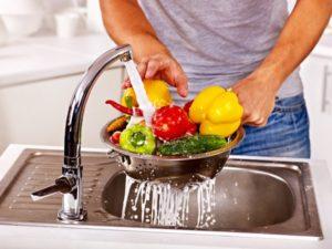 Соблюдение гигиенты в приготовлении блюд - немаловажноая мера профилактики